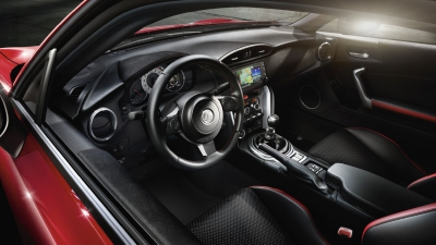 Új GT86
